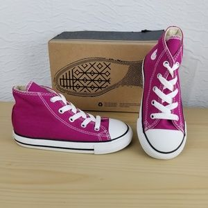 NEW Girl CONVERSE, Size 10 INFANT = 10c